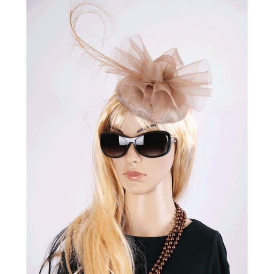 Koninginnen hoed tiara Christina beige