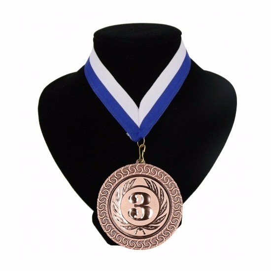 halslinten-blauw-en-wit-met-medaille