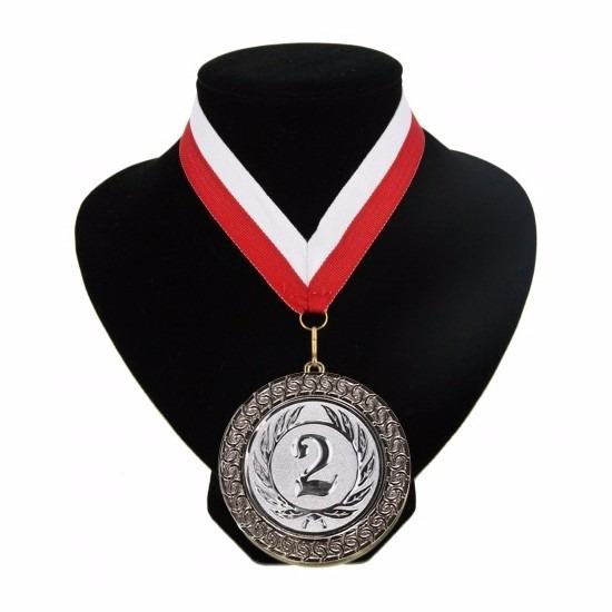 halslinten-rood-en-wit-met-medaille