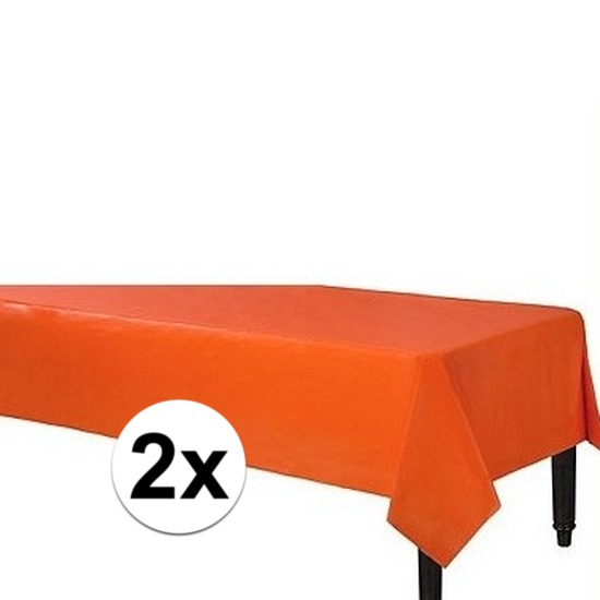 2x Oranje tafelkleden plastic 140 x 240 cm