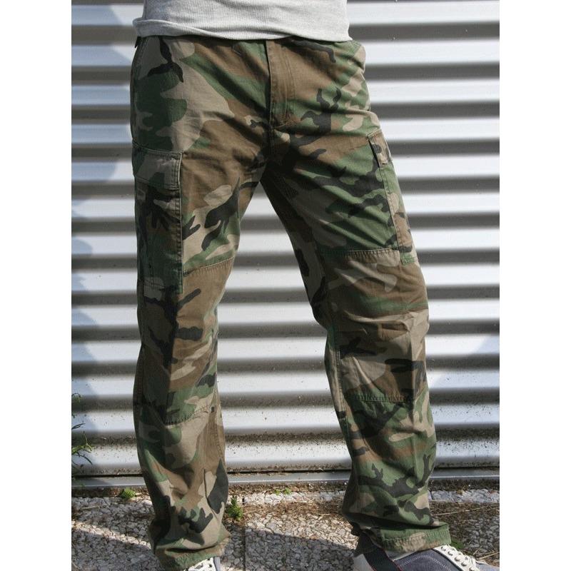 Camouflage broek met veel zakken