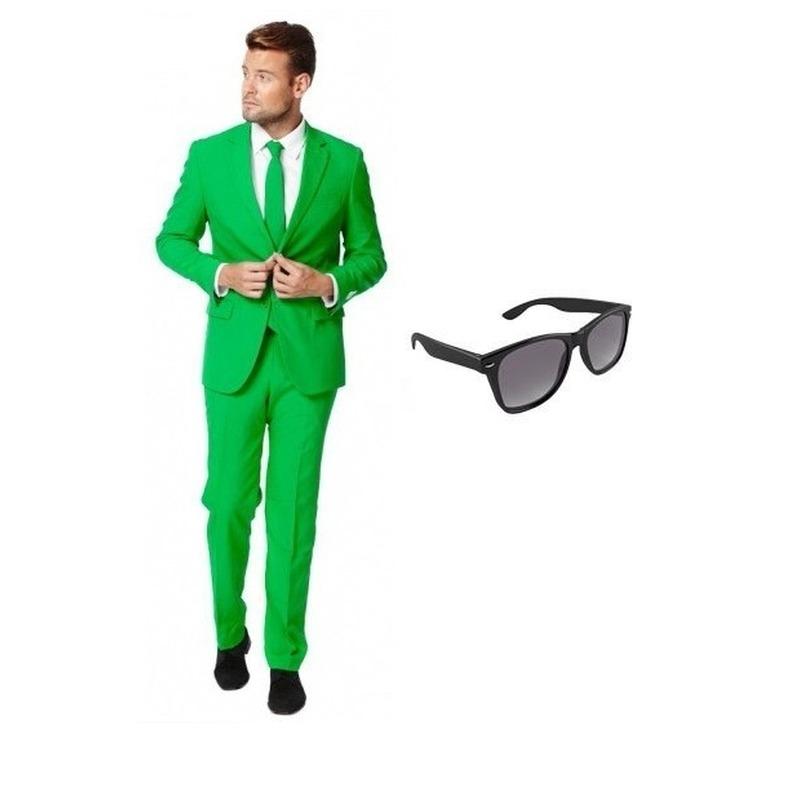 Groen heren kostuum maat 52 (XL) met gratis zonnebril