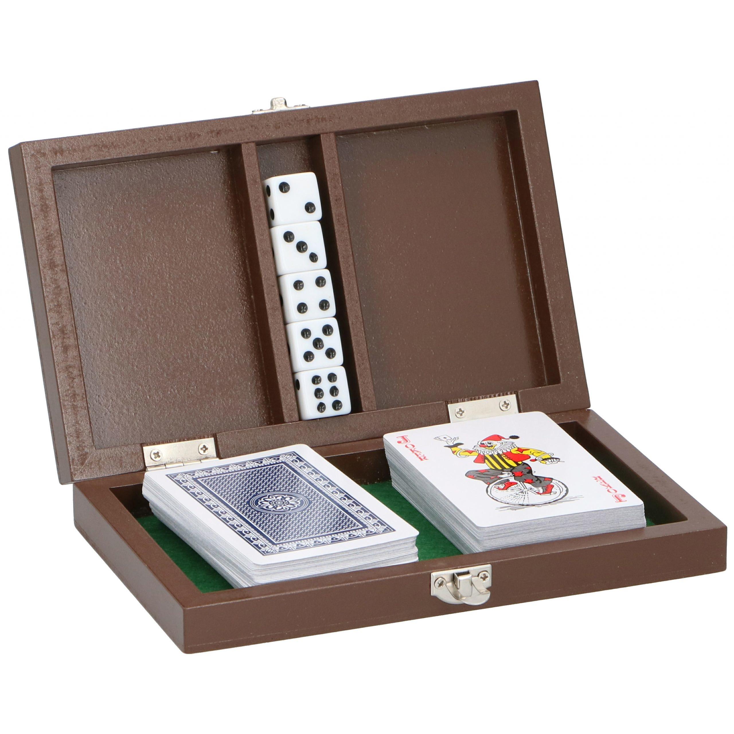 Luxe speelkaarten set met dobbelstenen in houten kistje