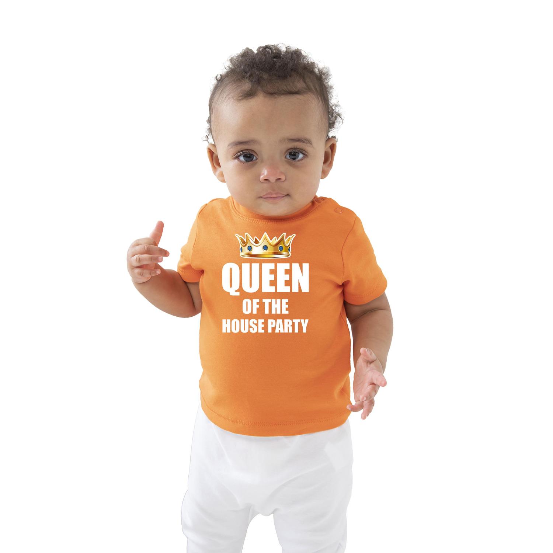 Queen of the house party met kroon Koningsdag t-shirt oranje baby/peuter voor meisjes