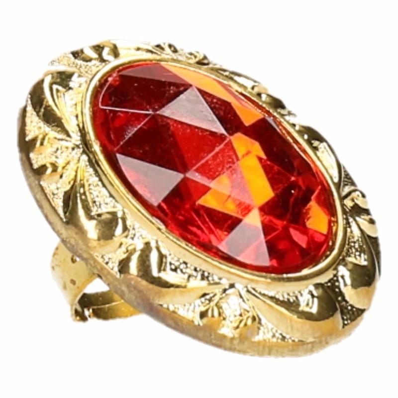 Ring van sinterklaas met grote rode diamant